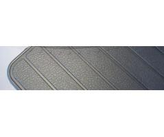 Door-beating carpet